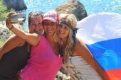 Rusların 3'te 1'i yurtdışı tatil için karantinaya razı