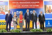 Tunç Soyer Uluslararası İzmir Kültür Zirvesi'nde